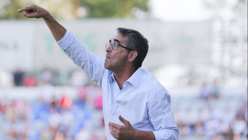 Fernando Vázquez, destituido en el Deportivo