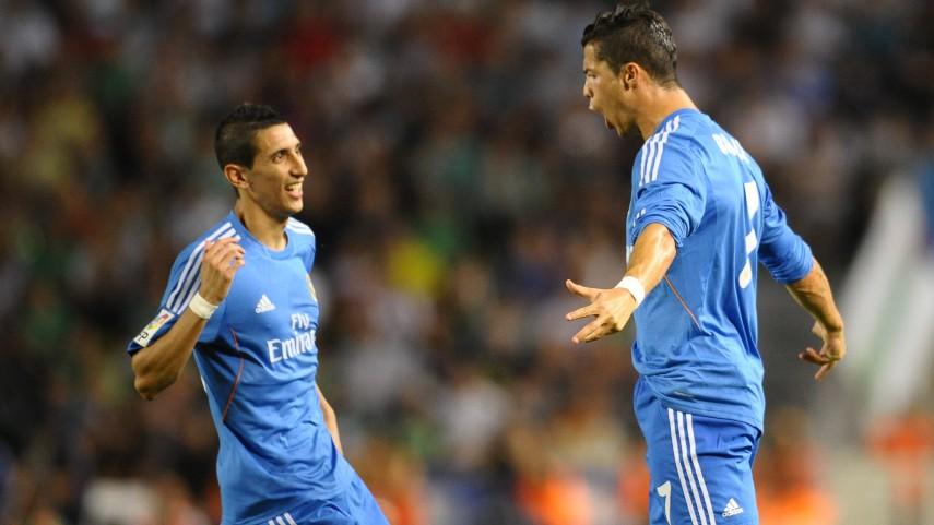 Ronaldo decide con dos goles ante el Elche