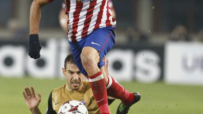 Atlético y Barça siguen invictos en Europa