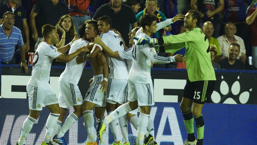 El Real Madrid remonta en el descuento