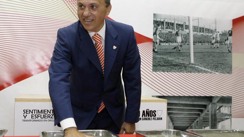Del Nido, el presidente del Centenario