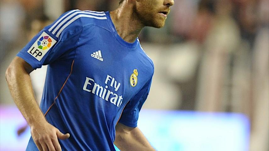 Xabi Alonso renueva con el Real Madrid