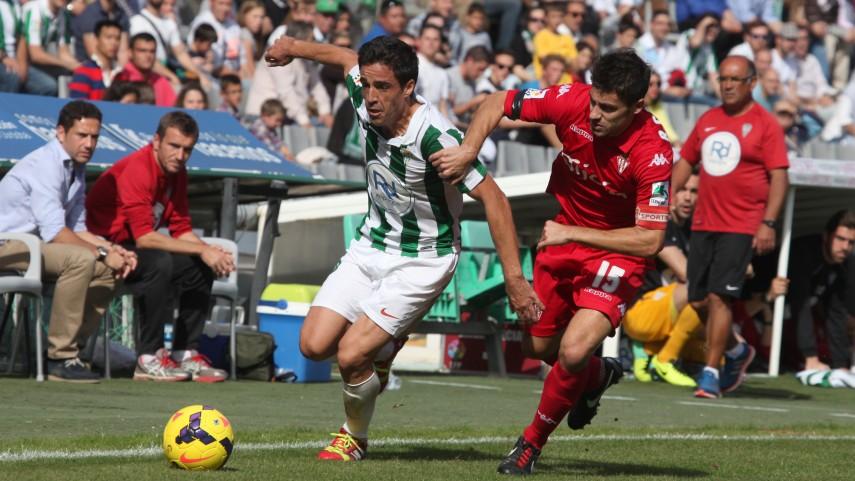 El Sporting salva un punto gracias a su constancia
