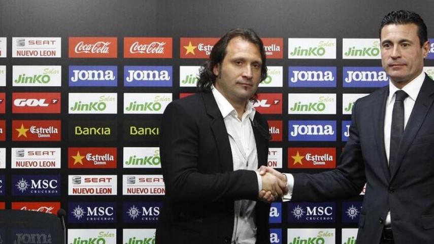 El Valencia presenta a Rufete como manager general deportivo