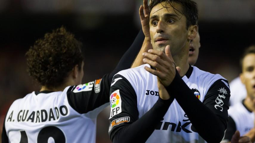 Jonas impulsa al Valencia