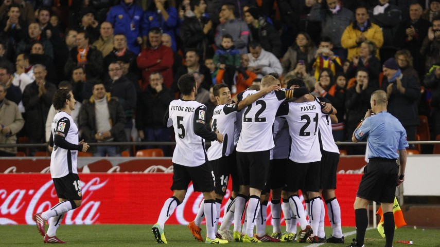 Primera derrota del Barcelona y sólida victoria del Valencia