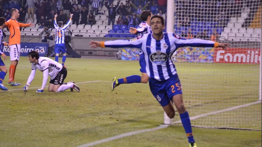 El Deportivo se pone líder