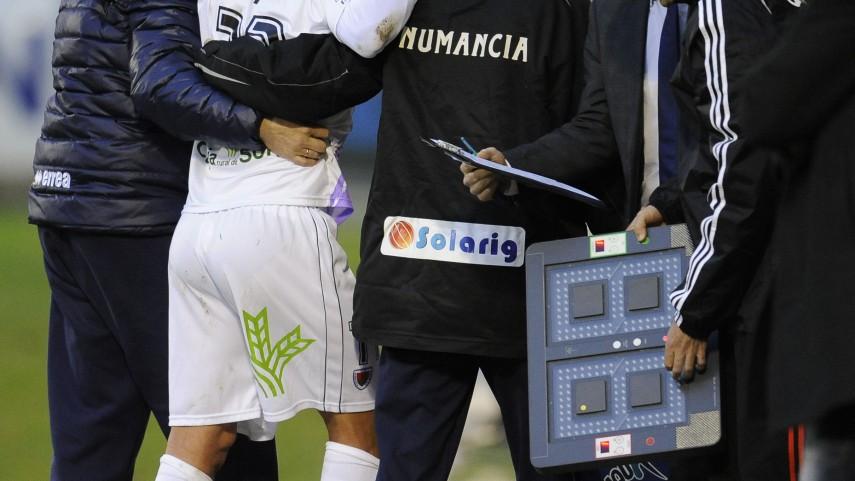 Del Pino, lesionado de gravedad en el Numancia