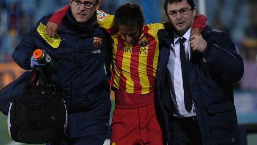 Neymar, entre tres y cuatro semanas de baja