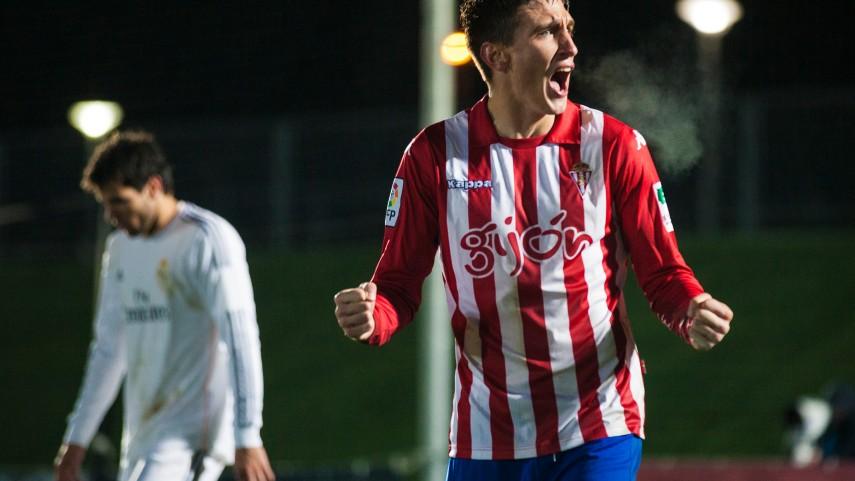 El Sporting salva un punto en El Molinón