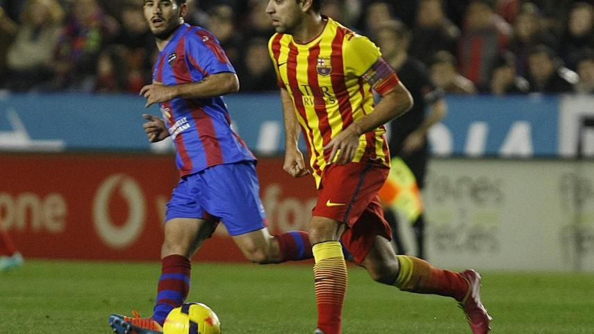 El Levante frena al Barcelona