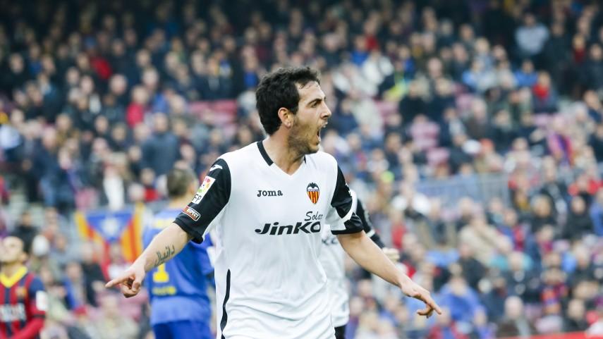 El Valencia conquista el Camp Nou