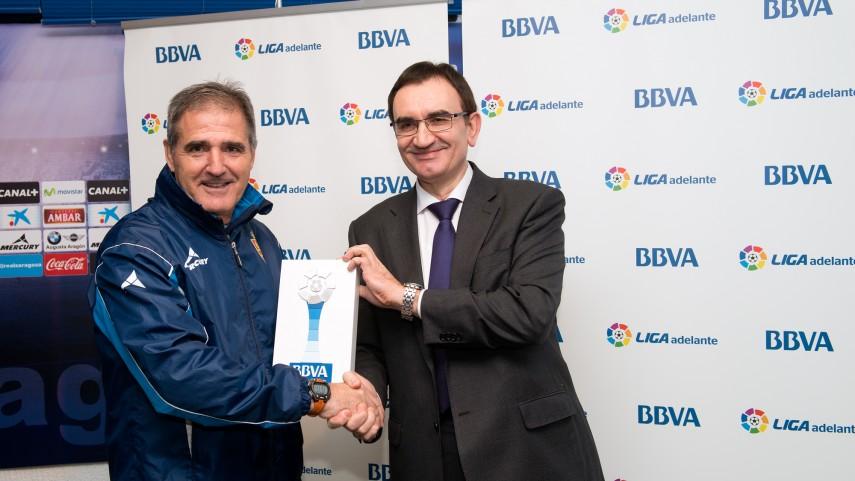 Paco Herrera, mejor entrenador de la Liga Adelante