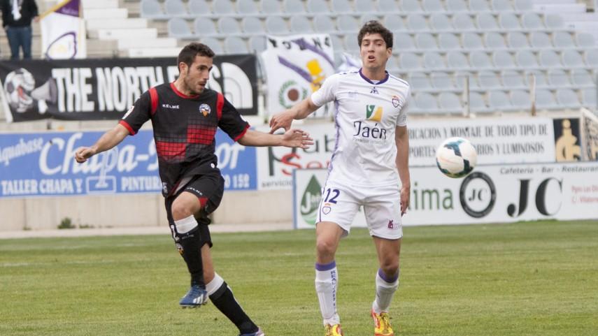 Álvaro Montero, lesionado en el Jaén