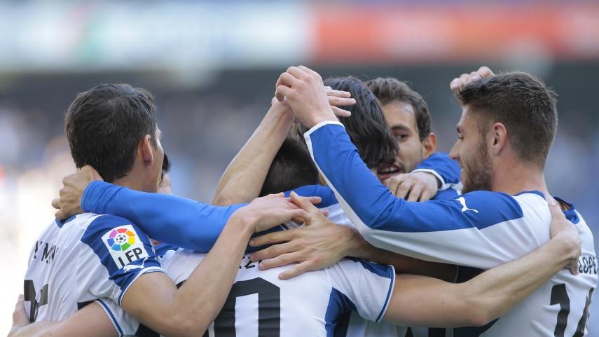 El Espanyol no da tregua al Elche
