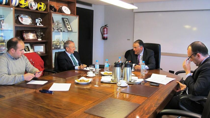 La LFP se reunió con PSOE y PNV
