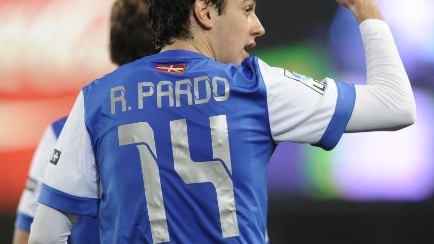 Rubén Pardo renueva con la Real Sociedad