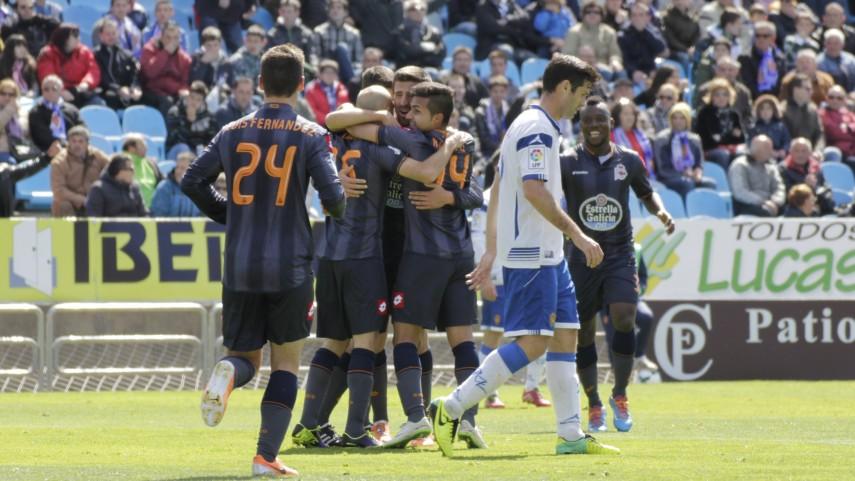 El Deportivo saca rédito en La Romareda