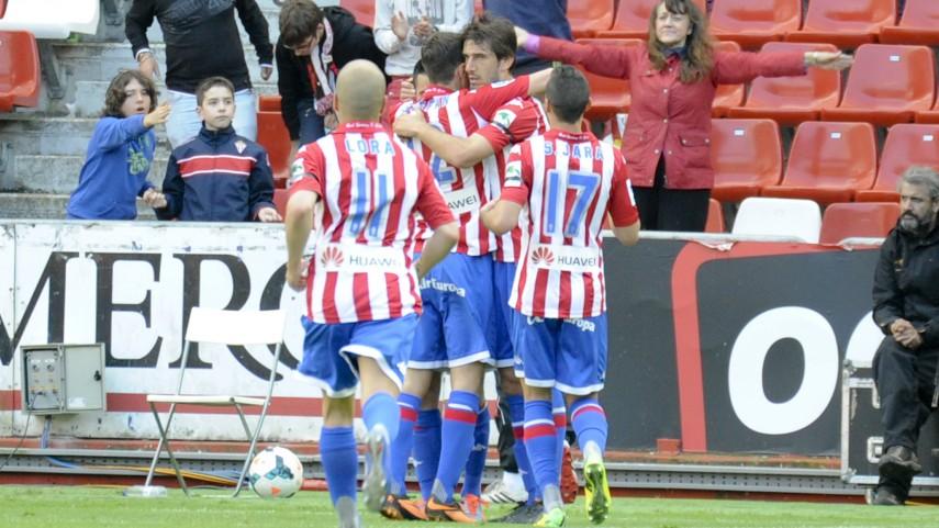 El Sporting se lleva la batalla por el play-off