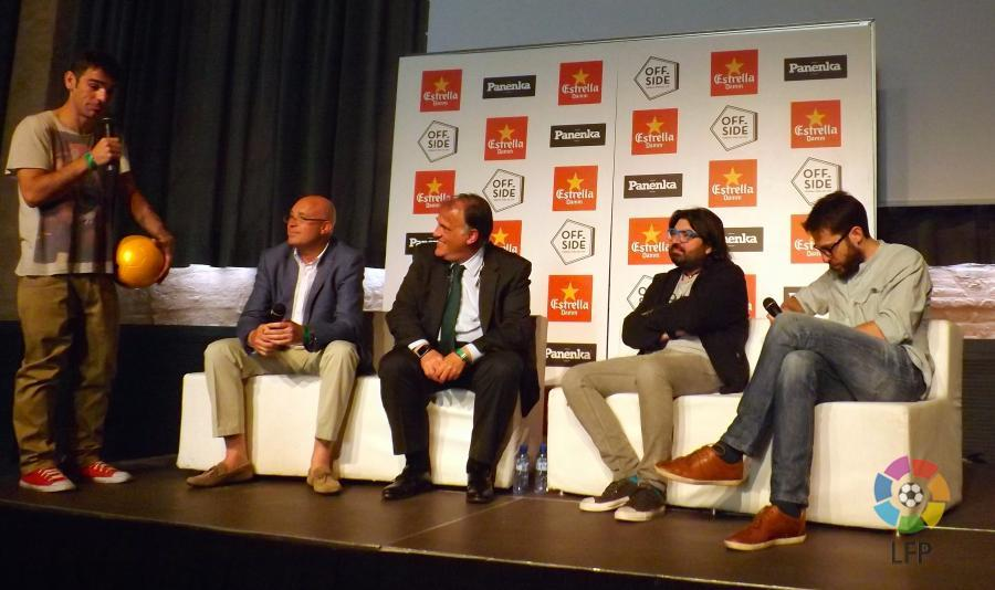Tebas participa en el offside festival noticias liga for Offside en el futbol