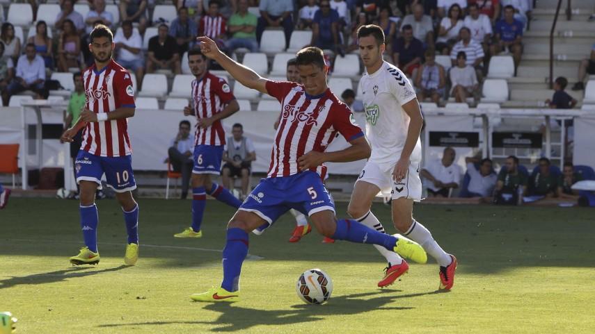 Pablo Pérez aparece a tiempo para el Sporting