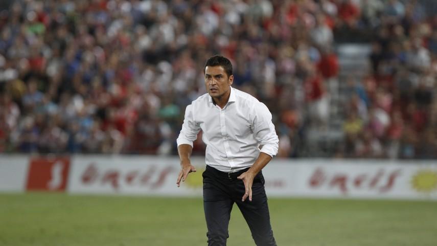 El Almería destituye a Francisco