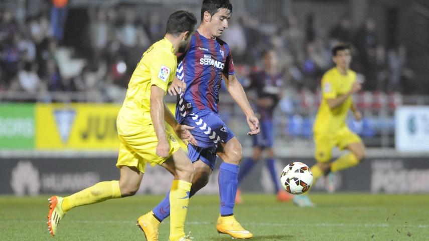 Eibar y Villarreal continúan sumando
