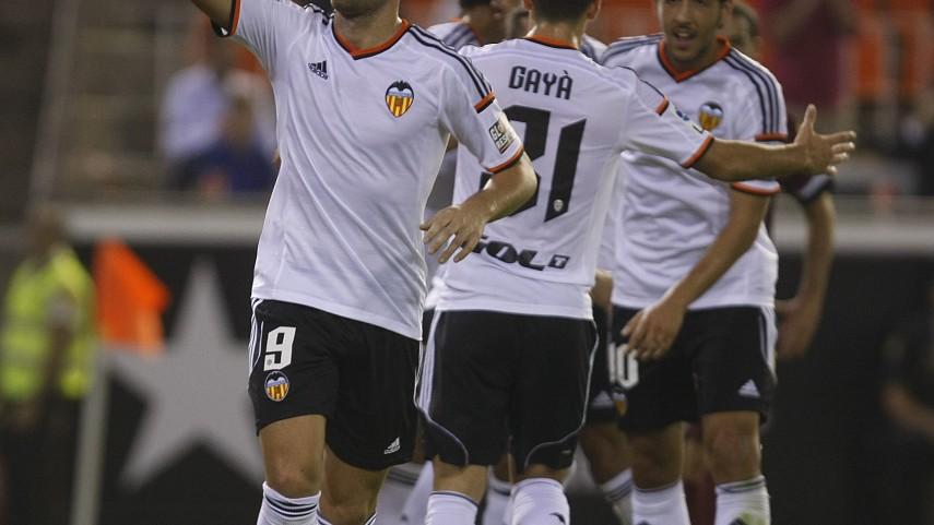 Paco Alcácer y el Valencia, unidos hasta 2020