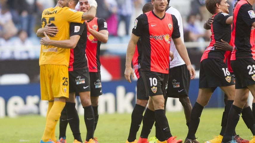 Edgar amplía su vinculación con el Almería