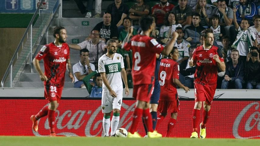 El Sevilla se afianza en la segunda plaza