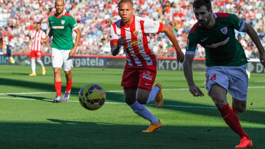 Etxeita da los tres puntos al Athletic siete jornadas después