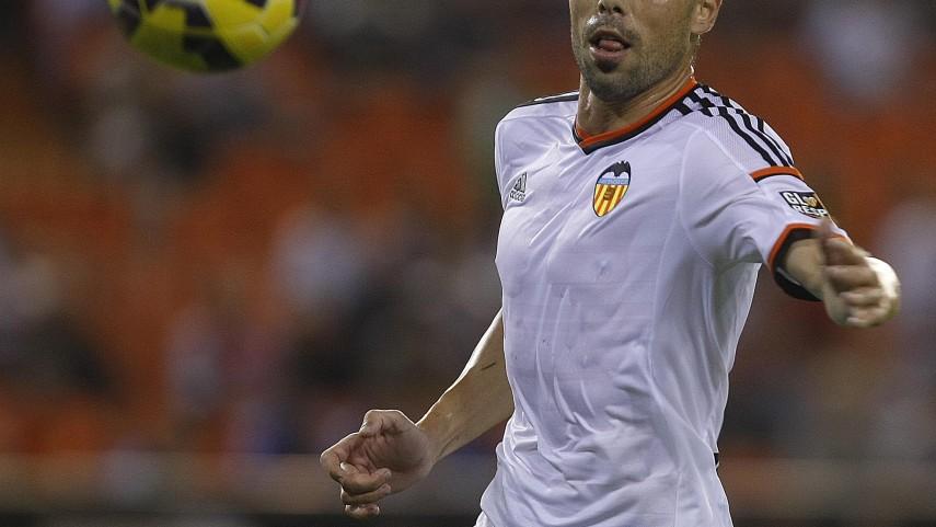 Javi Fuego renueva con el Valencia