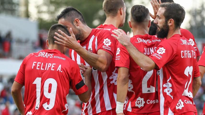 El Girona no cede el liderato