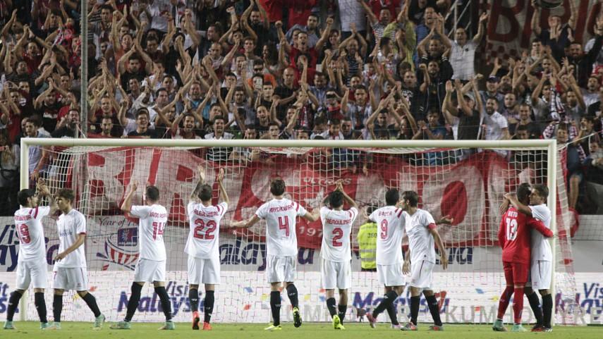 Denis Suárez y Bacca sustentan la ilusión del Sevilla