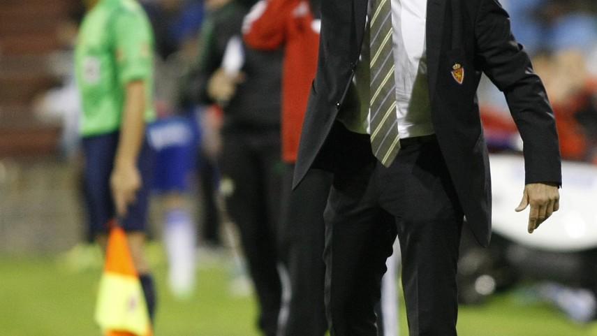 El Zaragoza destituye a Víctor Muñoz
