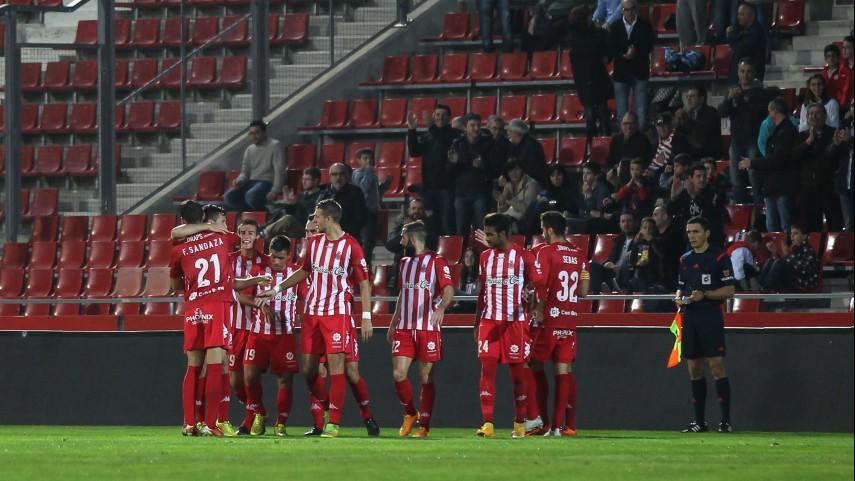 El Girona acecha al líder
