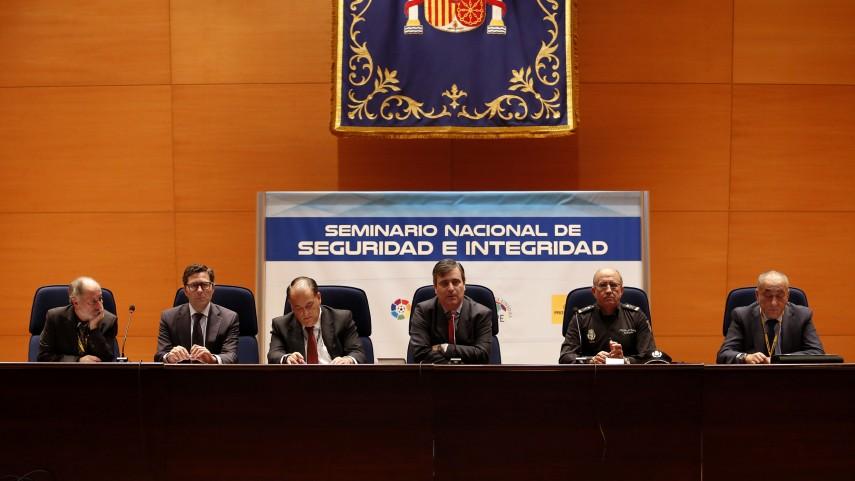 Miguel Cardenal y Javier Tebas inauguran  el Seminario Nacional de Seguridad e lntegridad