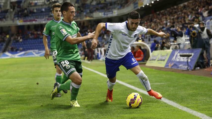 Vitolo saca al Tenerife del descenso