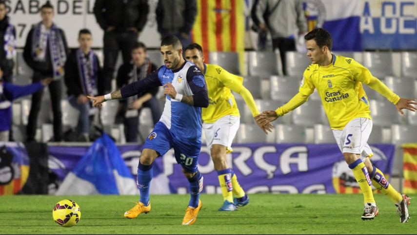 El Sabadell planta cara al líder