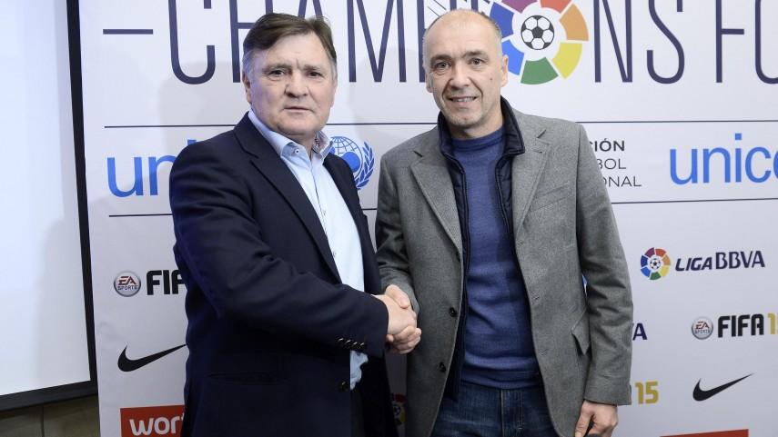 Camacho y Pantić, los técnicos de Champions For Life, atienden a LFP.es