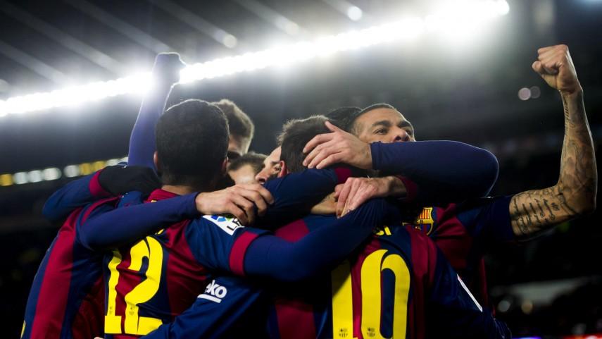 Tres minutos impulsan al Barcelona