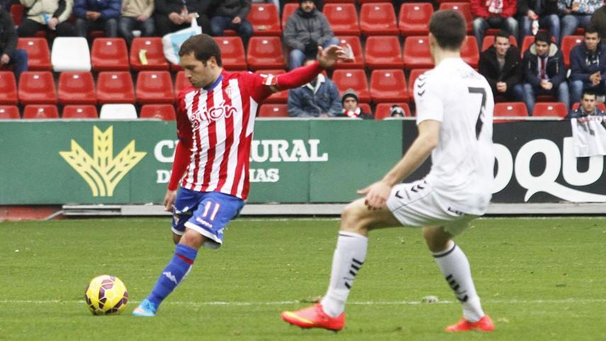 El Sporting remonta gracias a Jony