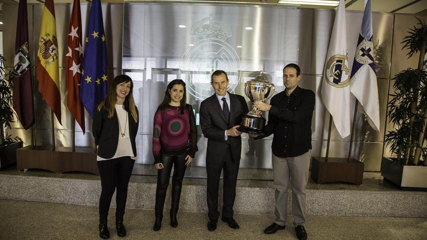 La Quiniela entrega el Trofeo oficial de Campeón de Invierno
