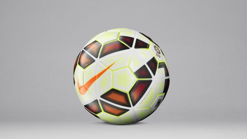Vuelve el balón blanco a La Liga