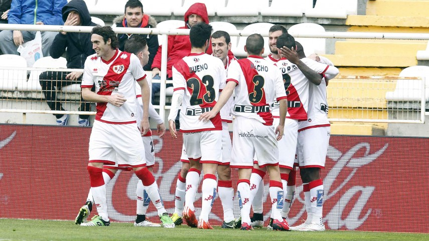 El Rayo sigue intratable en Vallecas