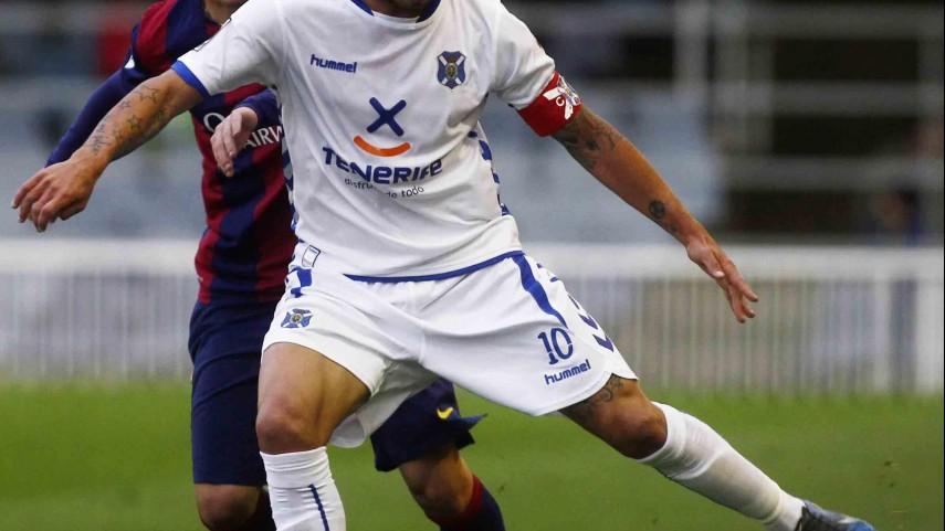 El Tenerife se encomienda a Maxi Pérez e Ifrán
