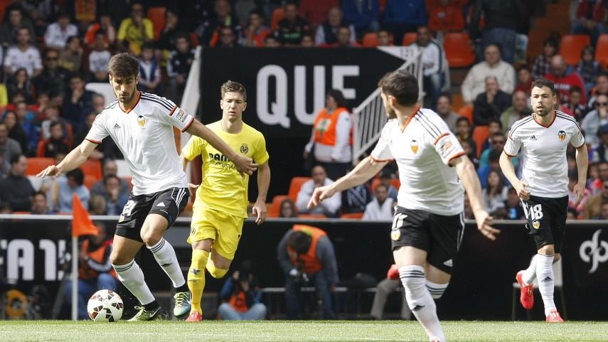 El Valencia pierde la tercera plaza