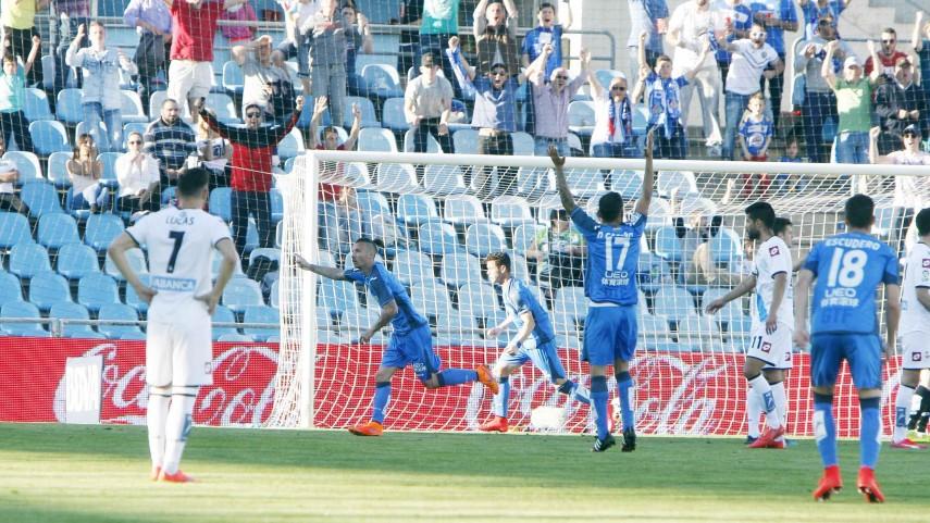 El Getafe se lleva la pugna ante el Deportivo