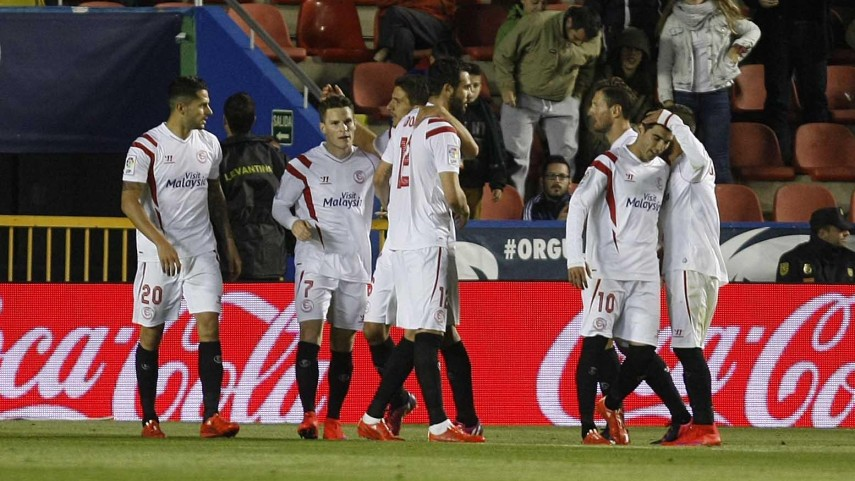 El Sevilla conquista el Ciutat de València