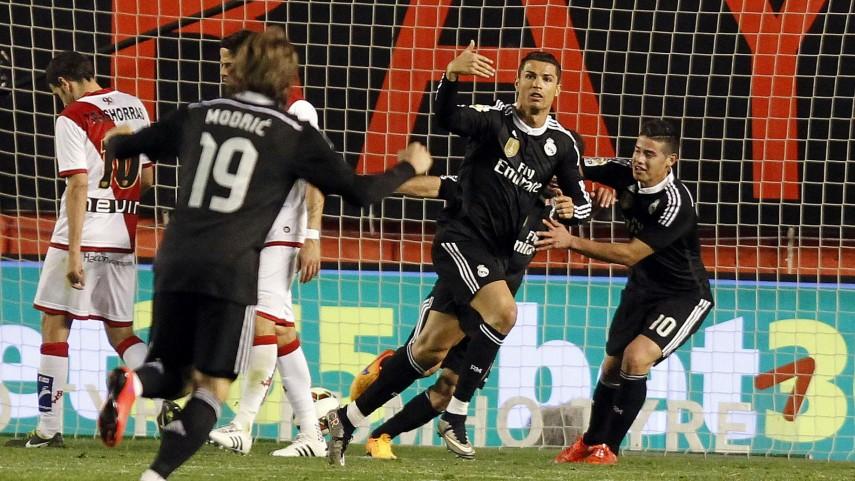 Ronaldo y James desactivan a un sólido Rayo